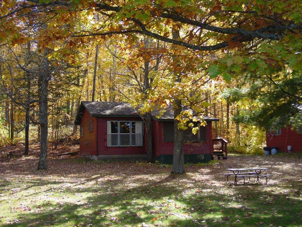 Hayward wisconsin for Fishing cabins in wisconsin